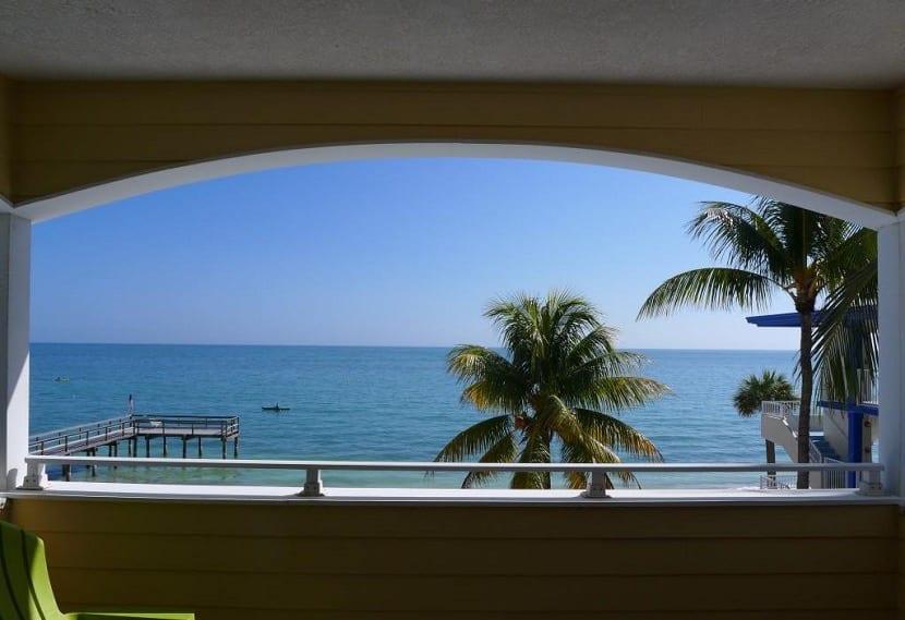 El Océano Beach Hotel