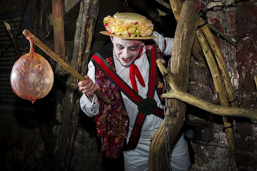 Actor que hace de asesino en el London Dungeon