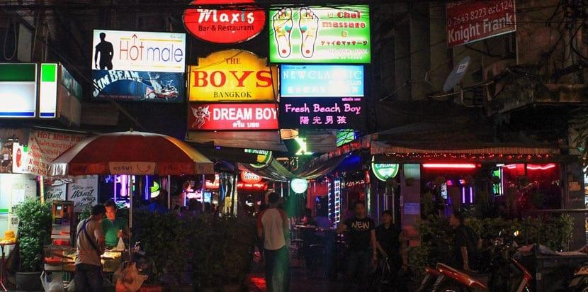 Calle de bares gays en Bangkok