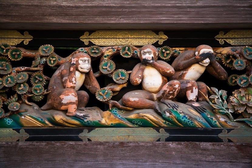 Monos del templo Toshogu
