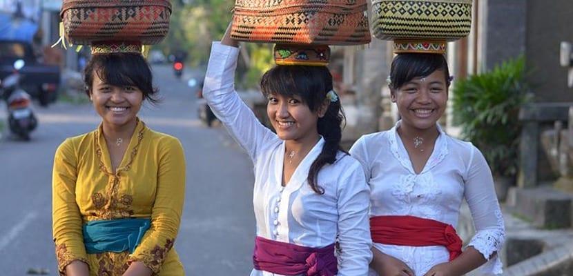 Vestimenta típica de Indonesia