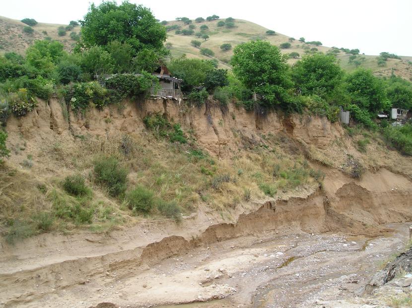 Desprendimientos de tierra en Mailuu Suu