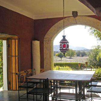 http://www.eviajando.com/wp-content/uploads/2009/04/casas-rurales-baratas2.jpg