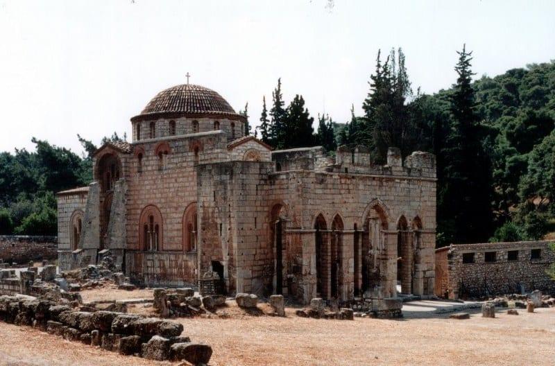 el-monasterio-de-dafni