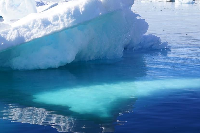 iceberg mar groenlandia