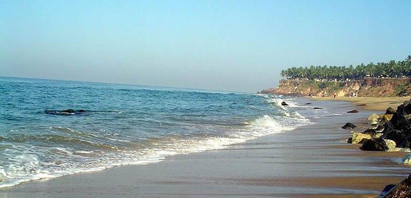 Playa Varkala y sus acantilados
