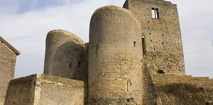 castillo-de-st-hugues