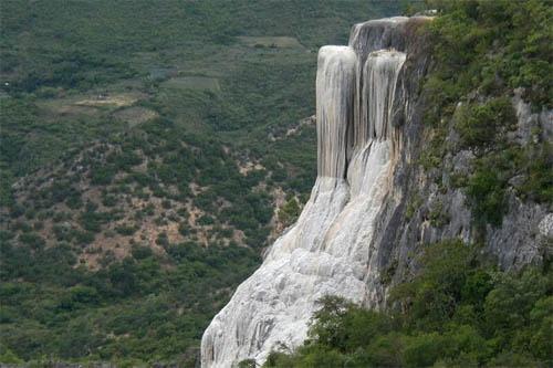 La catarata petrificada del valle de Mitla, en México