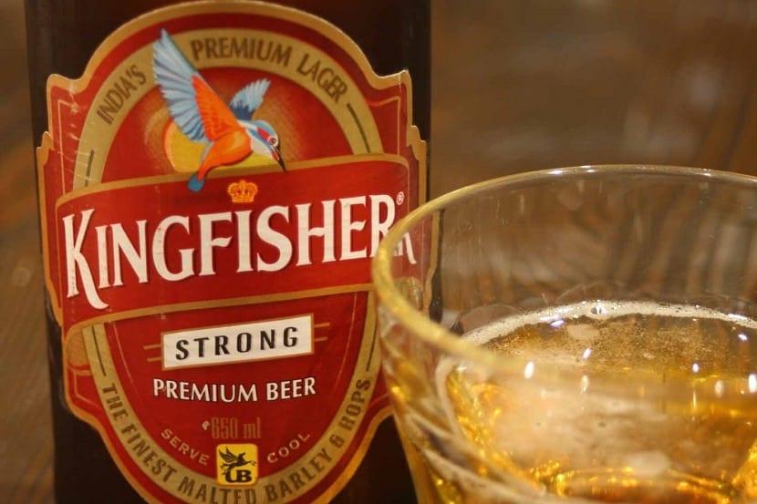 Cerveza Kingfisher