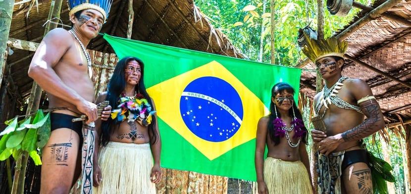 Vestimenta de Brasil en el Amazonas