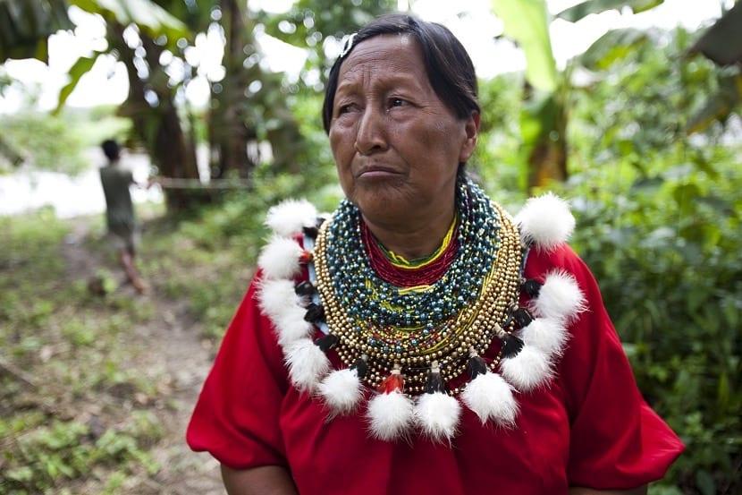 Vestimenta Amazonia, uno de los trajes típicos de Ecuador