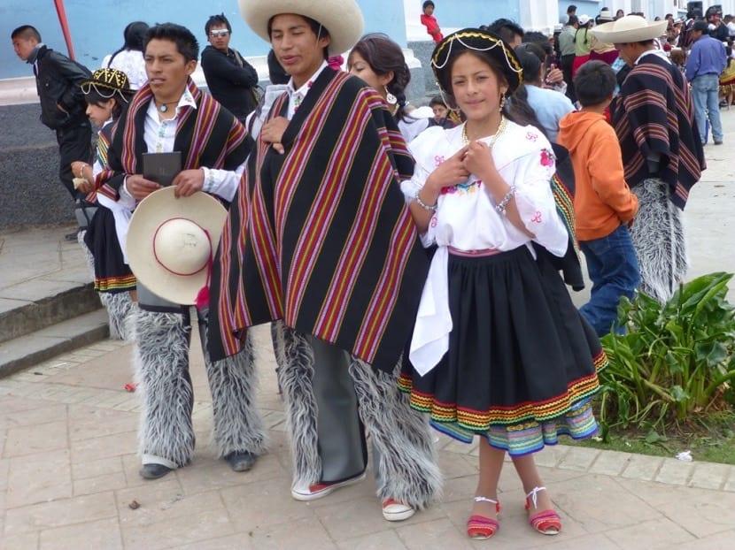 Trajes típicos de Ecuador, ¿cómo se visten?