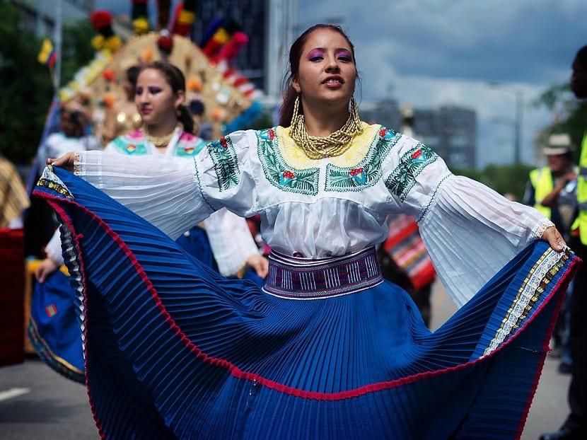 Vestimenta típica de ecuador en mujeres