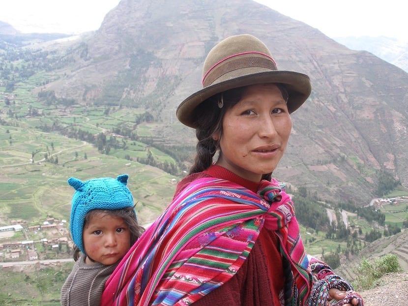Ropa de mujer en Perú