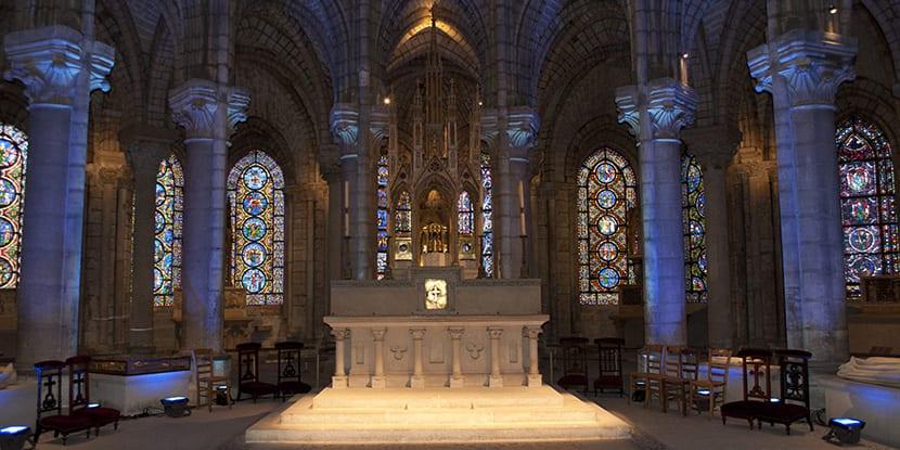 altar-saint-denis