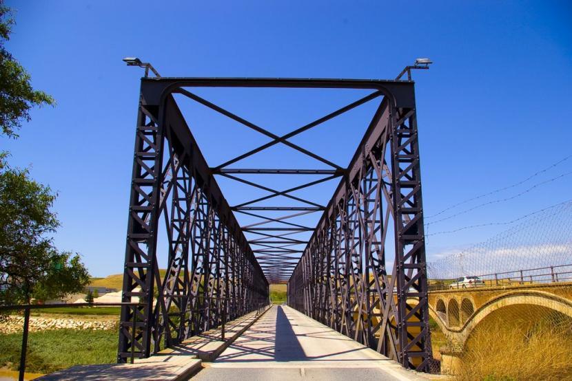 Puente de salida de una ciudad