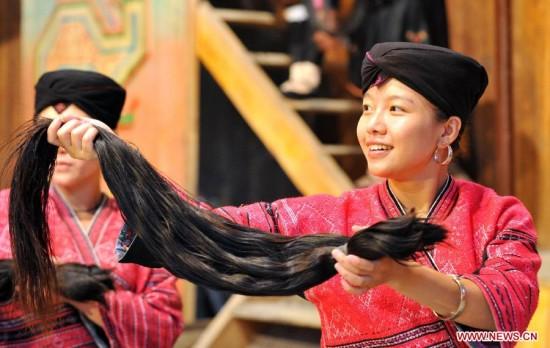 Huangluo, China: las mujeres con el pelo más largo del mundo