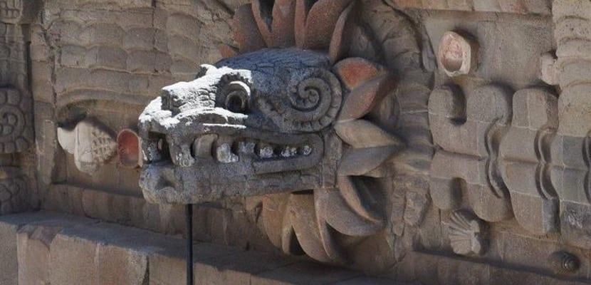 Dragón arquitectónico de Teotihuacan