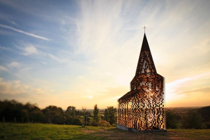 La iglesia transparente de Borgloon
