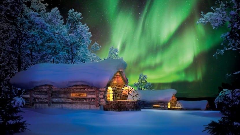 Aurora Voreal en Hotel Kakslauttanen