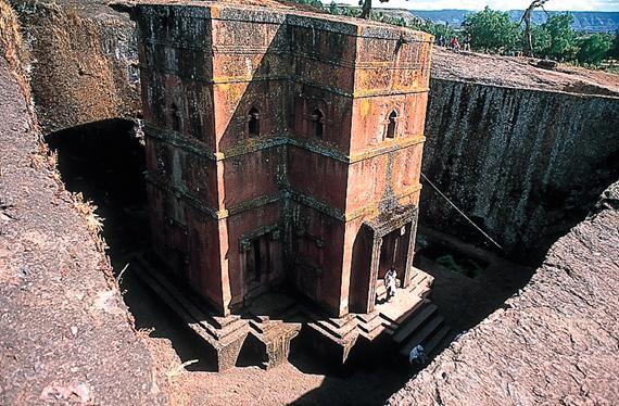 Iglesia excavada en roca en Lalibela