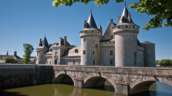 Castillo Sully Loira