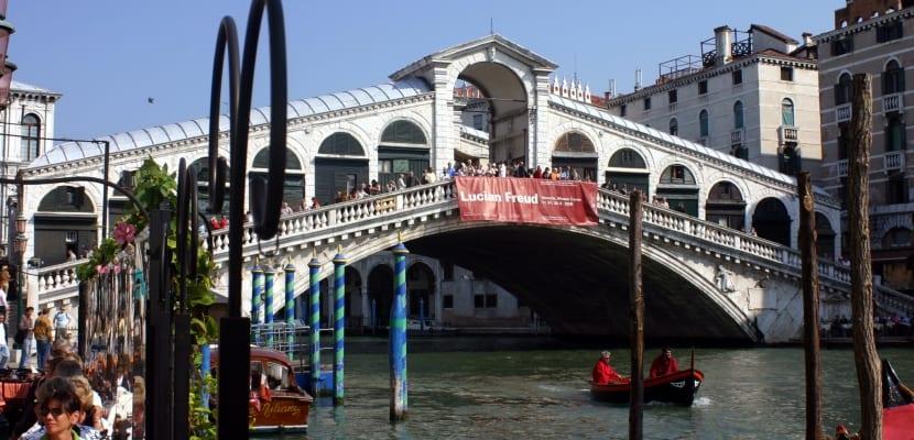 Puente Rialto de Venecia