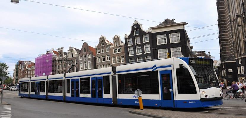 tranvía en Ámsterdam