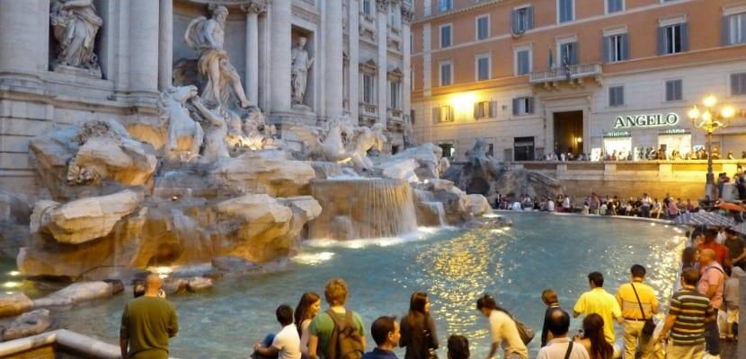 Plaza Fontana di Trevi