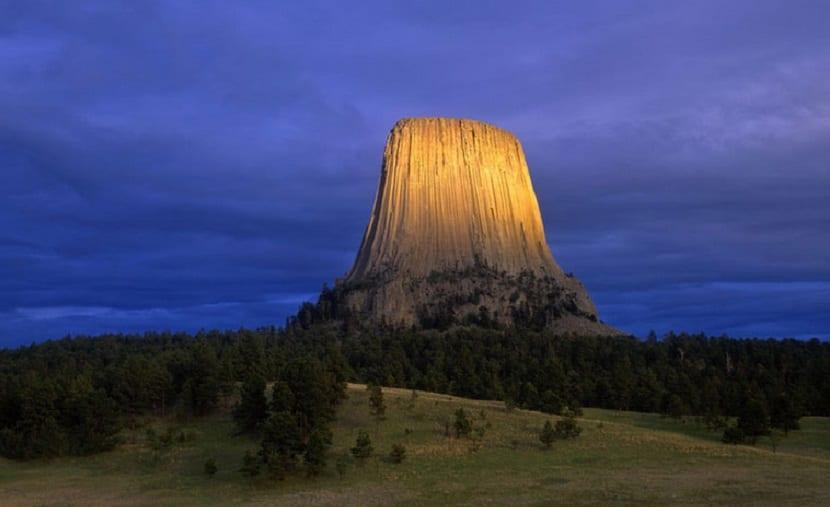 Montañas espectaculares Torre del Diablo