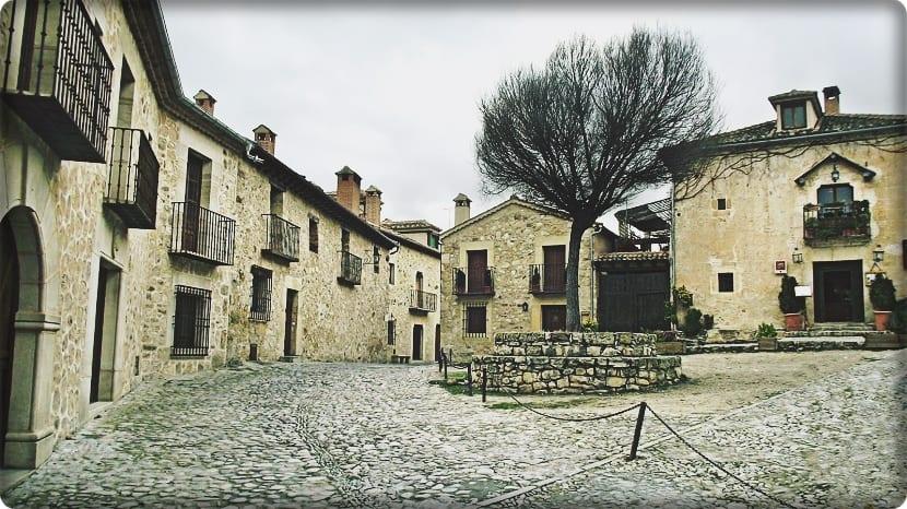 5 pueblos con encanto (Pedraza de la Sierra)
