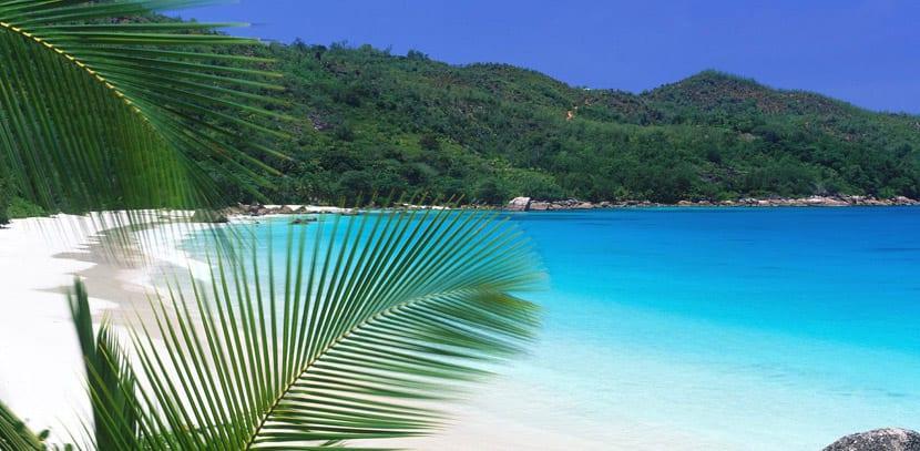 Playa en Praslin