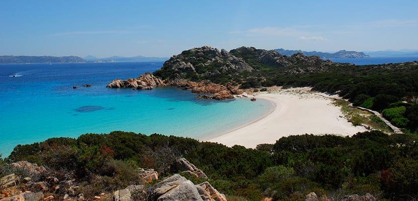 Playas de Cerdeña, Budelli