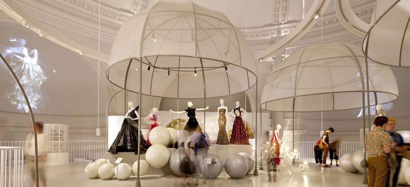 Victoria and Alberto salón de moda