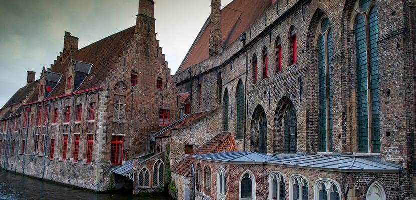 Brujas ciudad medieval