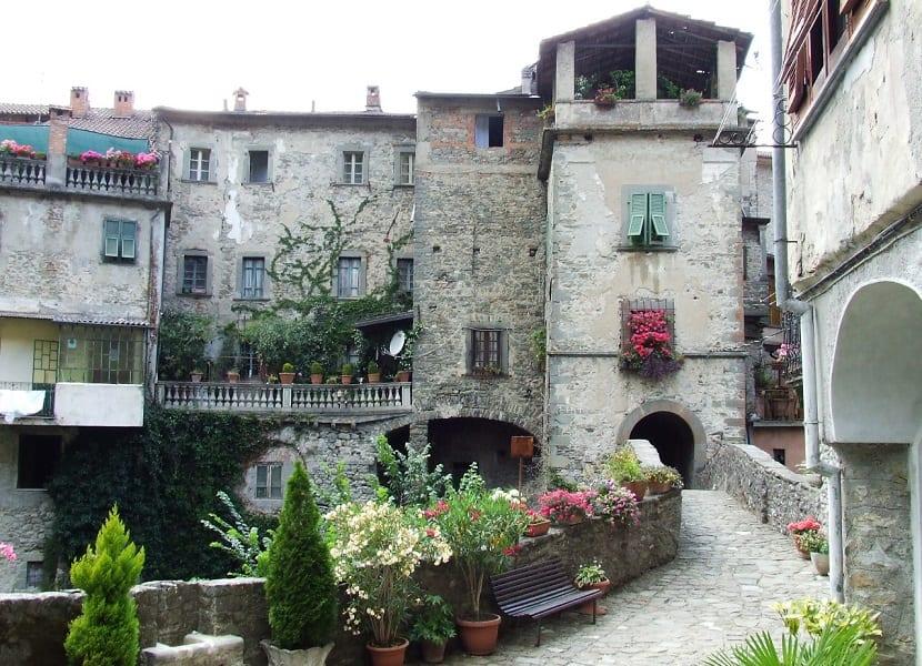 5 Pueblos que parecen sacados de cuentos Disney - Bagnone