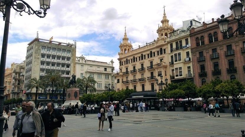 Hoy comienza la Feria de Córdoba - Plaza de las Tendillas
