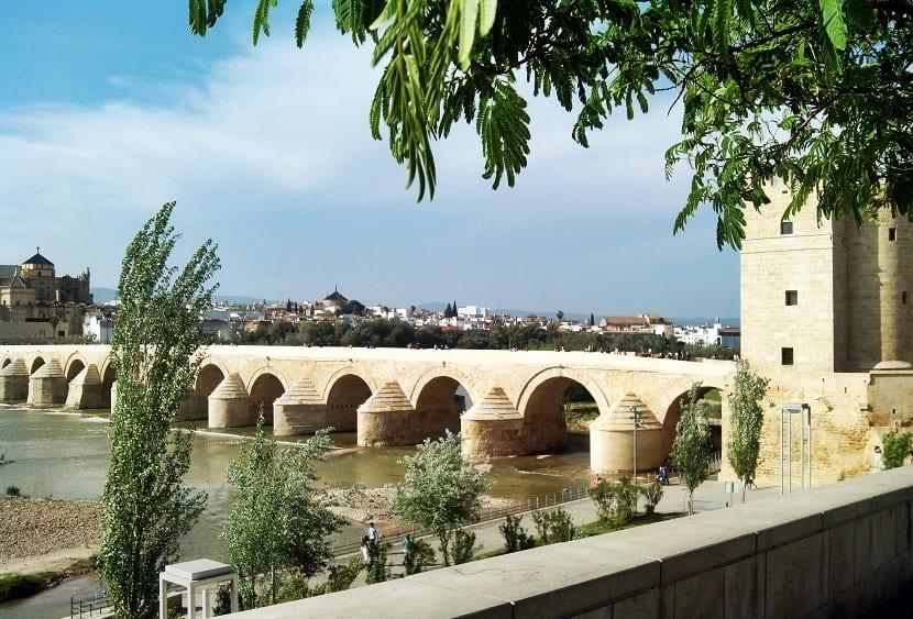 Hoy comienza la Feria de Córdoba - Puente Romano