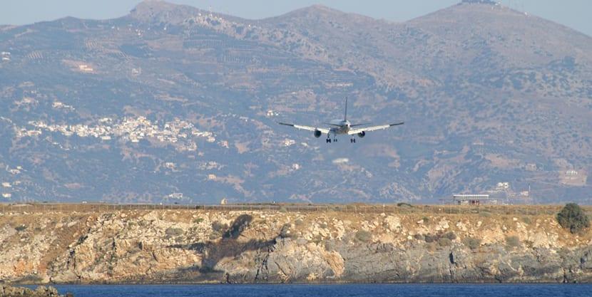 Aviones a Creta
