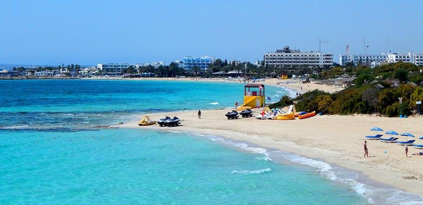 Playa Gliki Nero