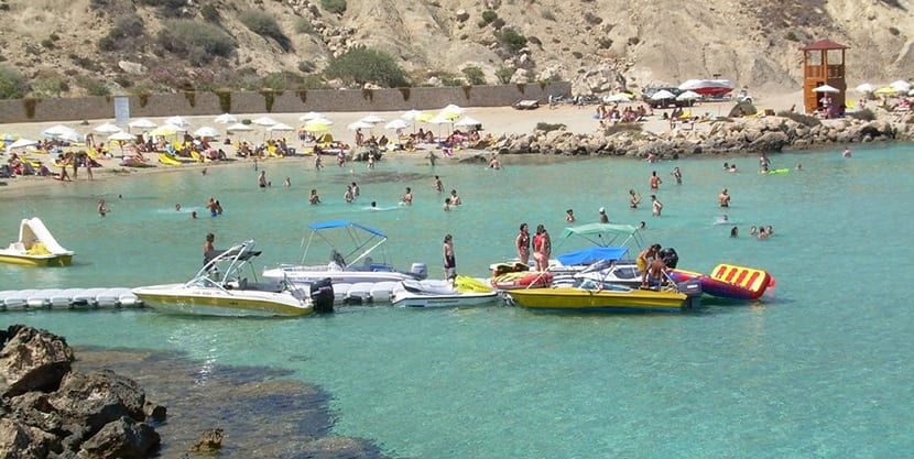 Playa Konnos 1
