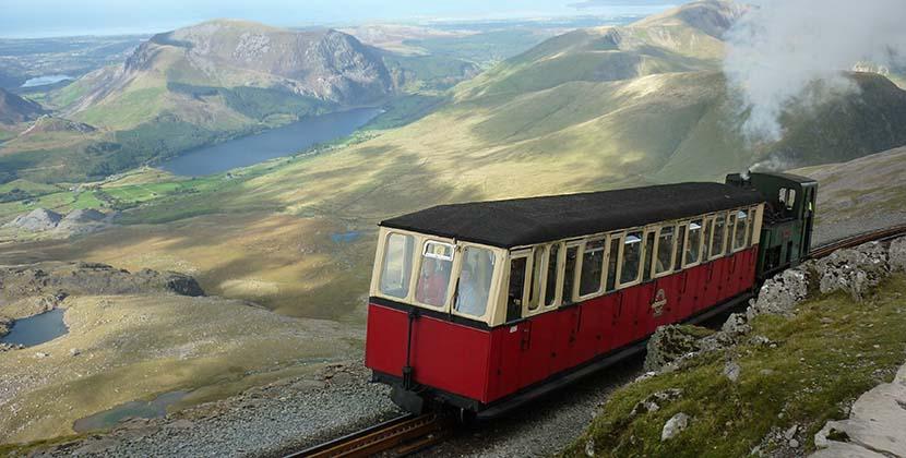 Tren a la cima de Snowdonia
