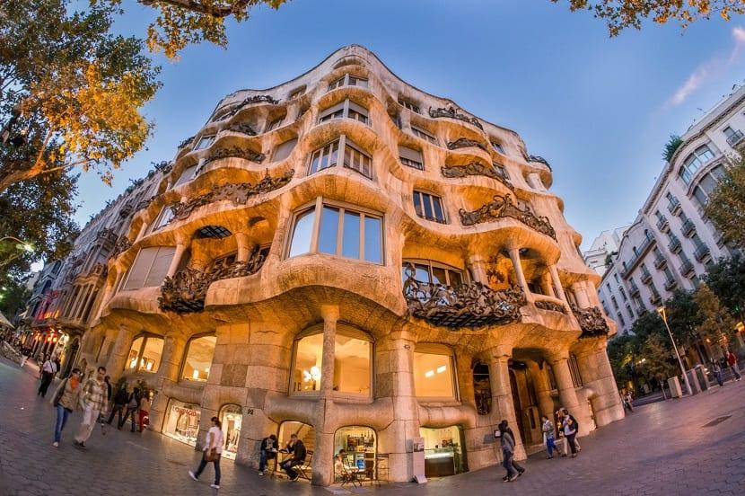barcelona-la-pedrera