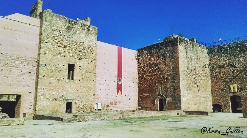 castillo-de-los-guzmanes-2