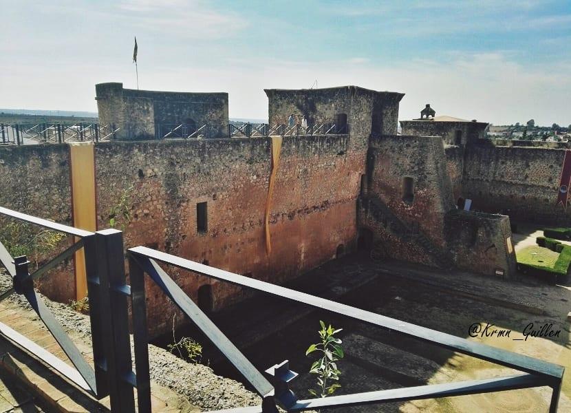 castillo-de-los-guzmanes-4