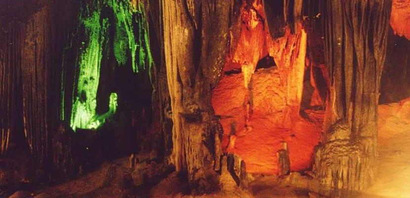 Cueva Khao Binn