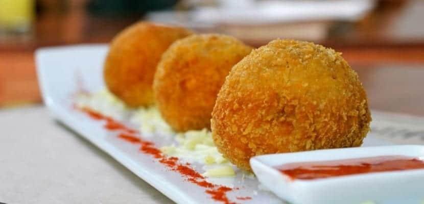 Croqueteros d nde comer las mejores croquetas de madrid for Comida mas famosa de francia