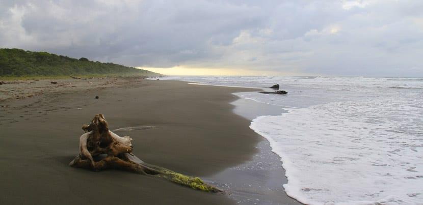 playa-negra