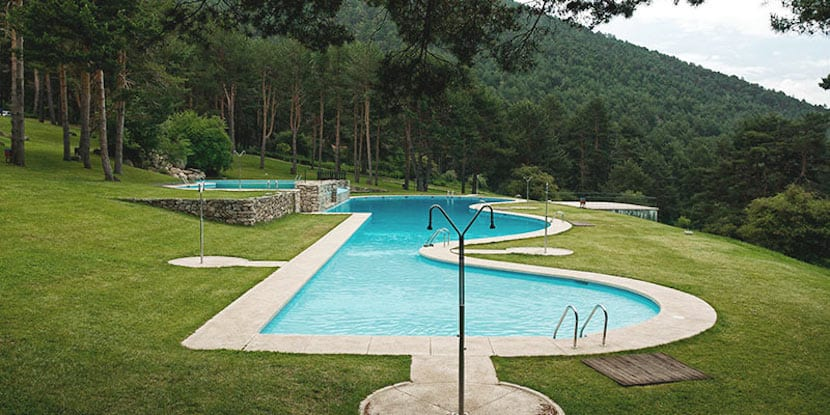 Estas son algunas piscinas naturales cerca de madrid for Hoteles cerca de piscinas naturales