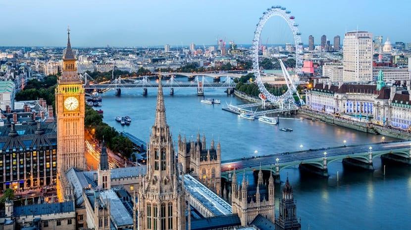Vuelo y hotel en Londres por sólo 320 euros